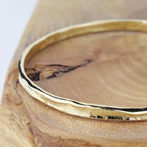 9ct Gold Textured Storybook Bangle