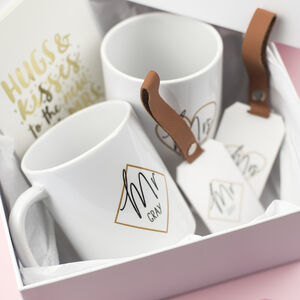 Mr And Mrs Honeymoon Wedding Gift Box