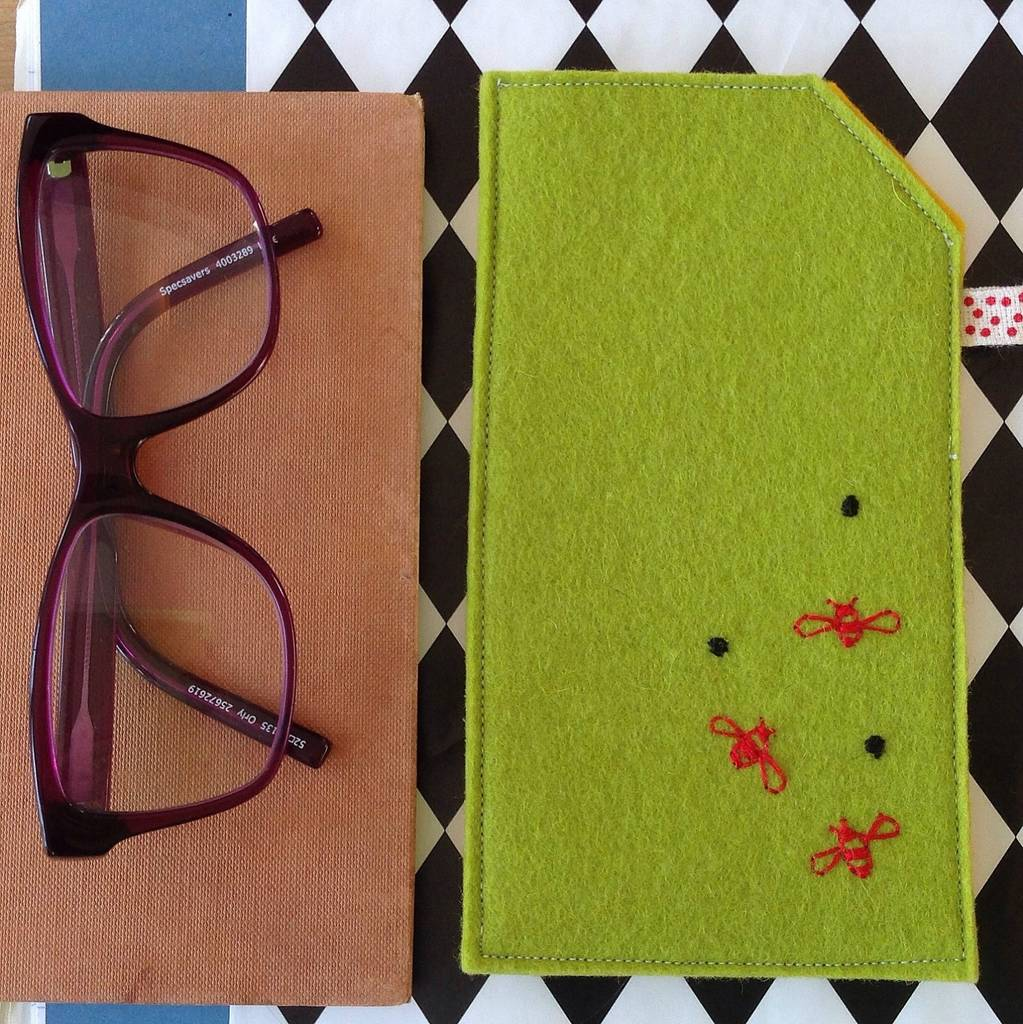 Handmade Glasses Case In Bumblebee Design