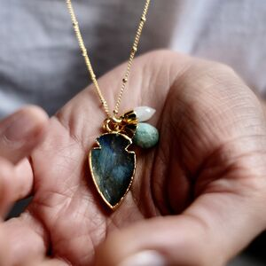 Amulet Triple Necklace Labradorite