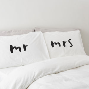 Mr And Mrs Pillow Case Set - 2nd anniversary: cotton