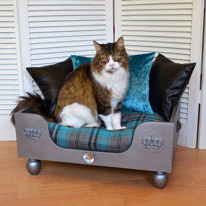 'The Elton' Luxury Pet Bed - pet beds baskets