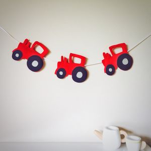 Felt Tractor Garland - children's room