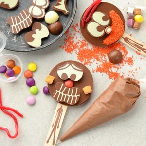 Make Your Own Chocolate Lolly Activity Set