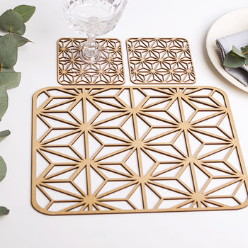 Dazzling Placemats And Coaster Gift Set