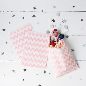 Pink Chevron Print Party Treat Bags - room decorations