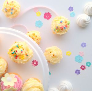 Spring Flower Table Confetti