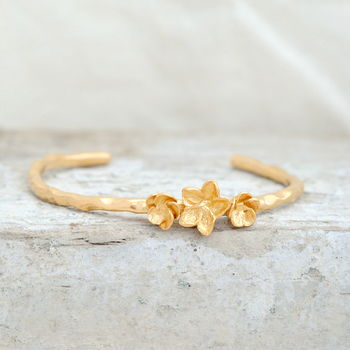 Blossom Bangle In Gold