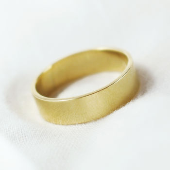 5mm Flat Profile 18ct Gold 'Brora' Ring