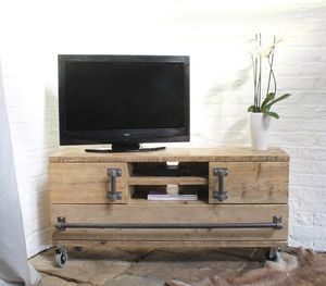 Jamila Reclaimed Scaffolding Board Media Unit - kitchen