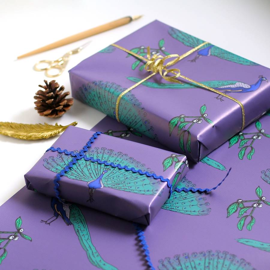 peacock wrapping paper Royal glam golden peacock princess wrapping paper geschenkpapier, pfauen, mitglieder des königshauses victorian floral wrapping paper.