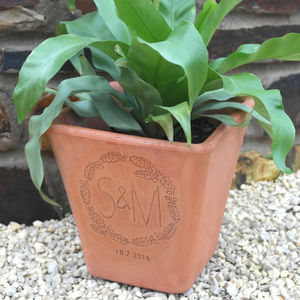 Personalised Engraved Wreath Flower Pot - gifts for her