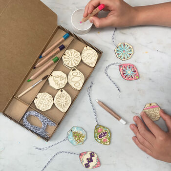 Mindful Advent Paint Your Own Decorations Kit