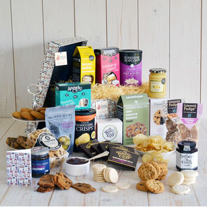 Gluten free nut free vegan hampers notonthehighstreet the grand gluten free hamper dietary hampers negle Images