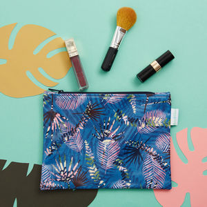 A Folia Cosmetic Bag