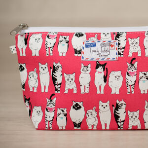 Cat Lovers Cats Pink Gift Makeup Toiletry Wash Bag