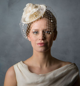 Vintage Style Flower Bridal Hat With Birdcage Veil