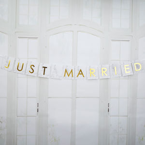 Marble And Gold Just Married Bunting
