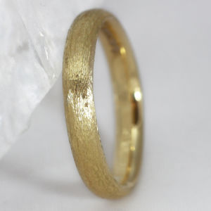 3mm Court Profile 18ct Gold 'Lochy' Wedding Ring