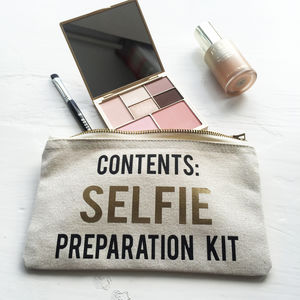 'Selfie Preparation Kit' Make Up Bag - for her