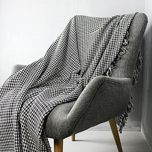 Black And Cream Woven Throw - bedding & accessories