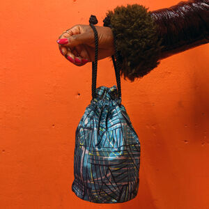 Peak Pattern Velvet Bucket Bag