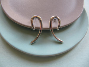 Infinity Silver Curved Earrings