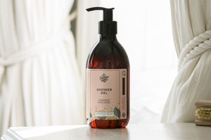 Grapefruit And May Chang Shower Gel - bathroom