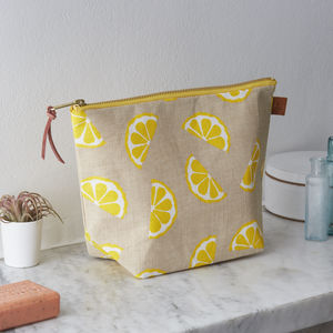 Lemons Linen Wash Bag - wash & toiletry bags