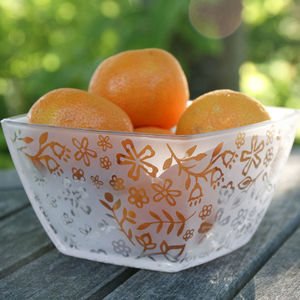 Flower Frosted Glass Fruit Bowl