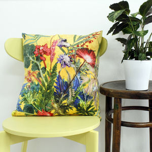 Exotic Tropical Flower Design Scatter And Sofa Cushion - cushions