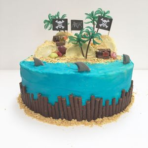 Pirates Treasure Island Birthday Cake Kit