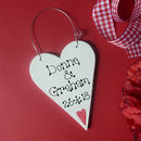 Red Heart Motif wire hanger