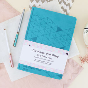 'The Master Plan' 2019 Family Diary. Several Colours - 2018/2019 calendars & planners