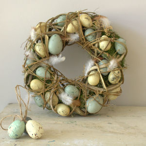 Speckled Egg And Feather Easter Wreath