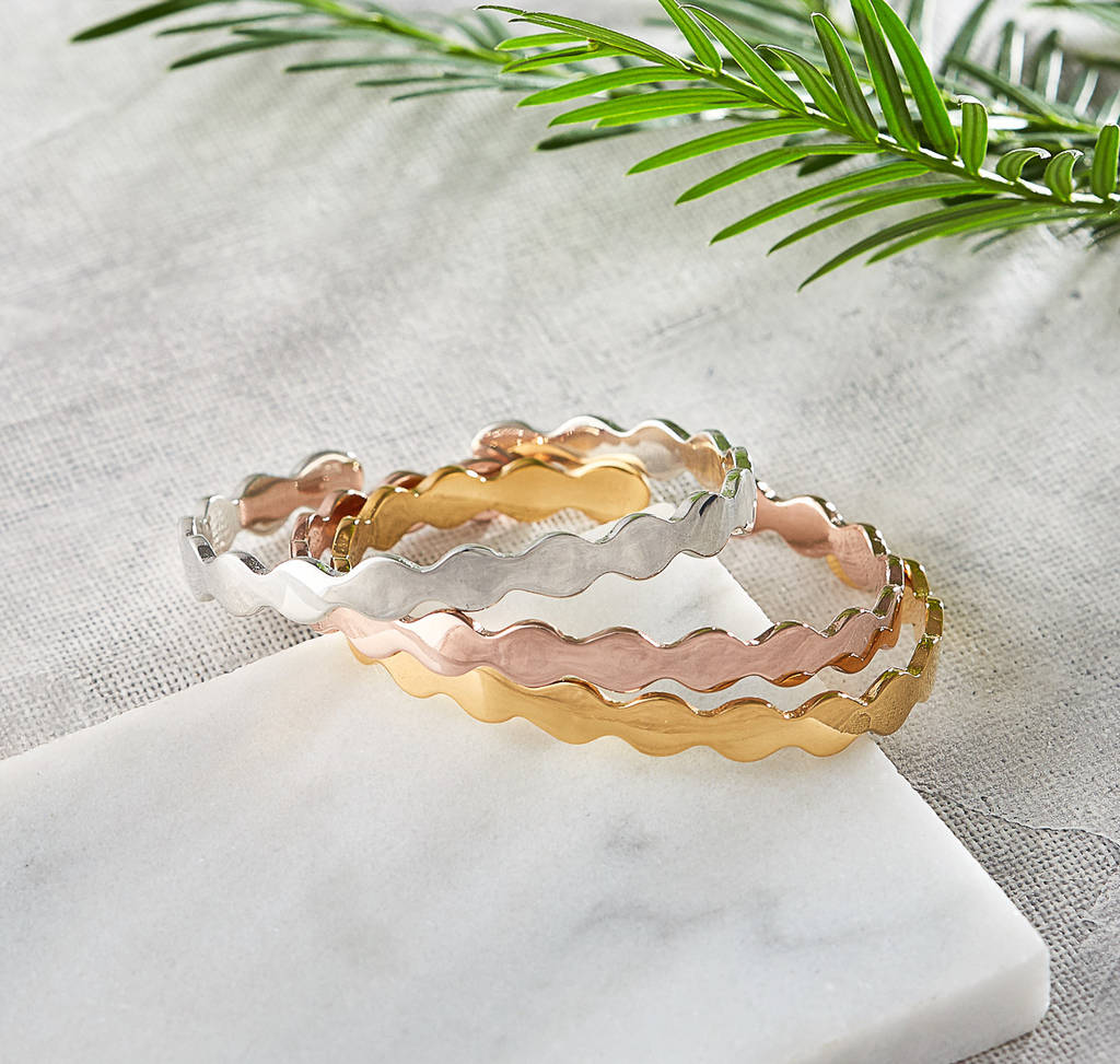 Gold Rose Or Silver Scalloped Bangle