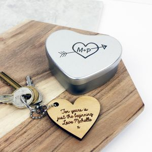 Heart Message Keyring In An Engraved Tin - 10th anniversary: tin