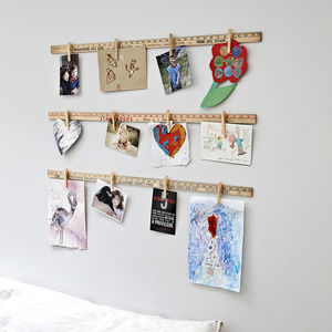 Yardstick Art Display Pegs