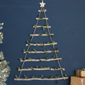 Woodland Mistletoe Wall Hanging Christmas Tree Ladder