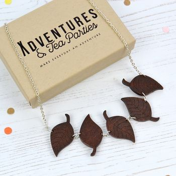 Wooden Leaves Necklace