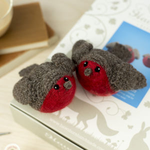 Robins Crochet Craft Kit