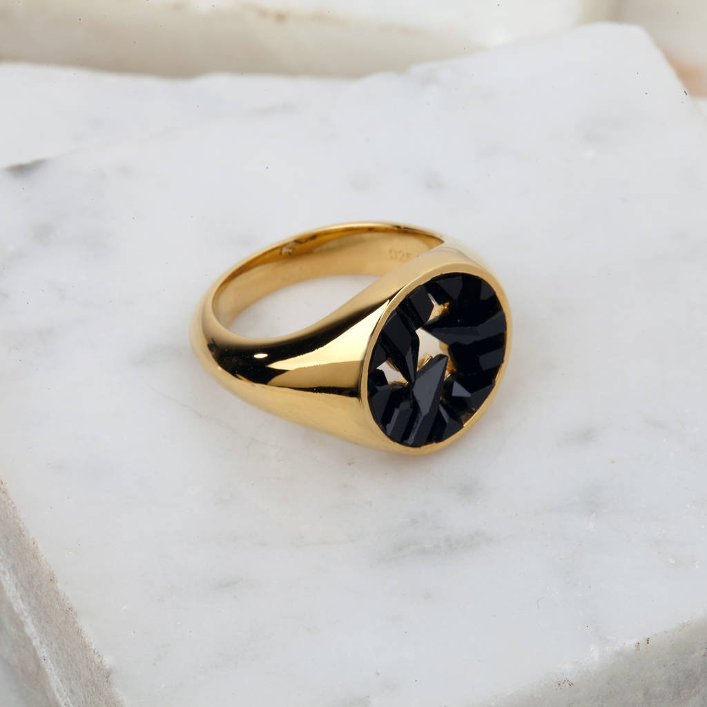 onyx rings jewellery gold from signet yellow ring image cushion