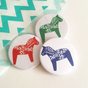 Dala Horse Badge Set - children's accessories