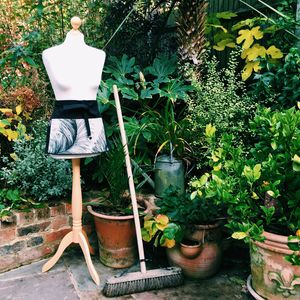 Garden Canvas Apron With Lined Pocket - garden