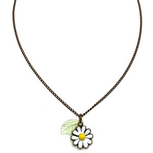 Cute As A Daisy Necklace