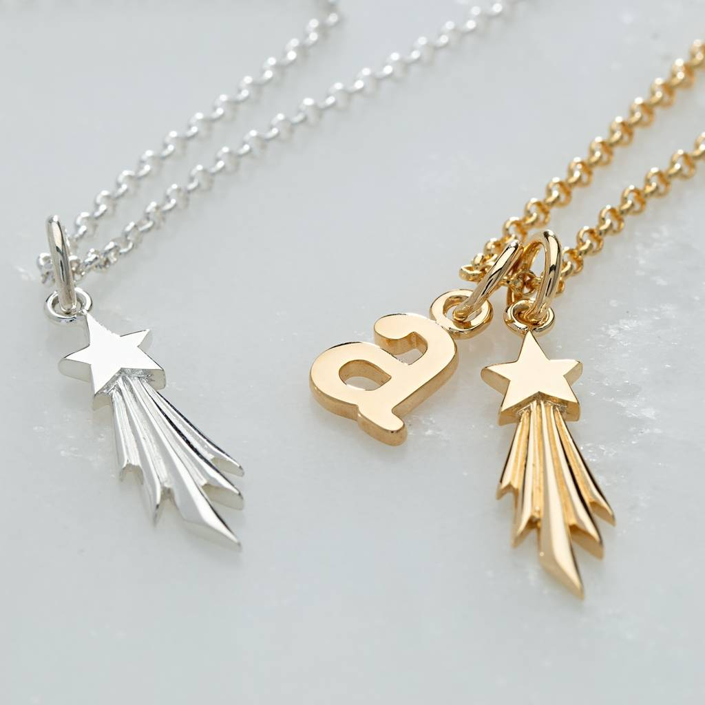 happiness pretty boutique en pendant necklace necklaces leaf