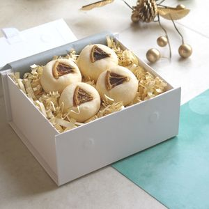 Prosecco And Clementine Bath Truffles Gift Set - more