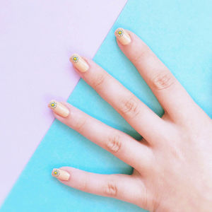 Daisy Nail Transfers - nail care