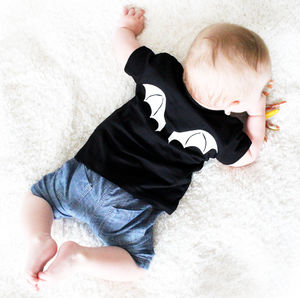 Bat Wings Halloween Baby T Shirt - clothing