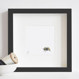 Bee Print - drawings & illustrations